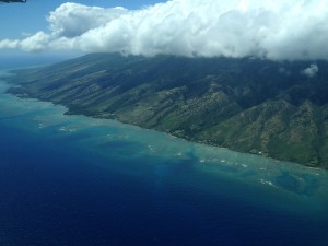 Aloha Diet author Aprilanne Hurley soars over Molokai after Party Girl Diet's Discovery Tour on land