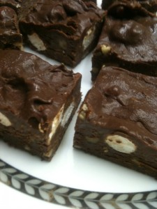 Healthy Party Girl Dessert - PGD's Super Skinny Fudge!